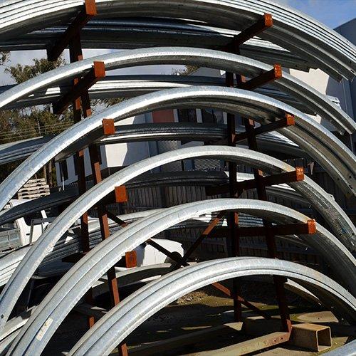 guardrail-curved